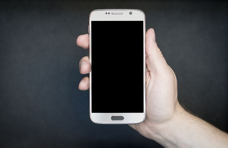 mobile smartphone - Three Key Strategies for Succeeding at Marketing On Mobile